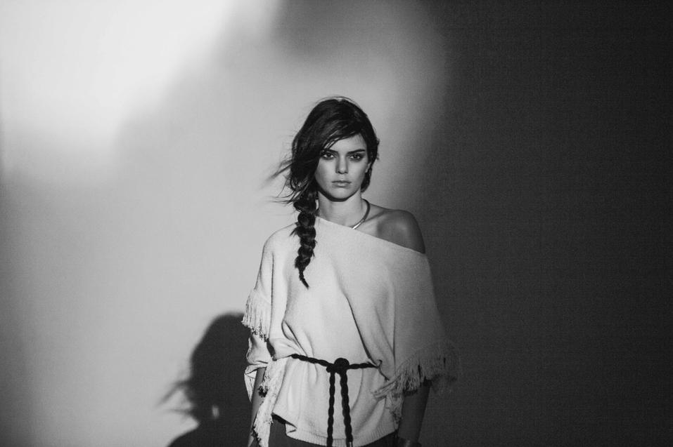 MANGO EMBARKS ON ITS NEW JOURNEY TOWARDS WILD DESTINATIONS WITH KENDALL JENNER AND THE TRIBAL SPIRIT TREND - 01