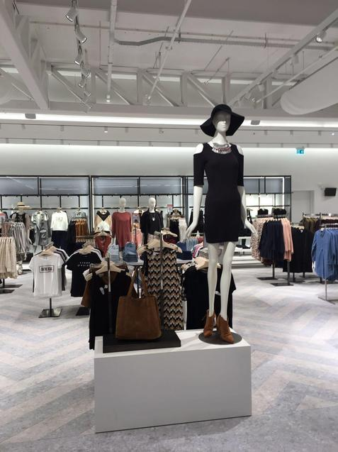 MANGO OPENS ITS FIRST MEGASTORE IN AMSTERDAM - 01
