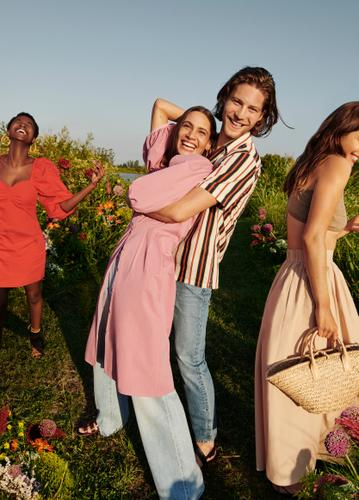 THE NEW MANGO CAMPAIGN, LIFE IN BLOOM, LAUNCHES A MESSAGE OF OPTIMISM TO THE WORLD